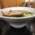 鬼がらし - 味噌中辛太麺780円+平日ライス無料+ニンニク