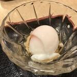 とみ多 - 小鉢の温玉~