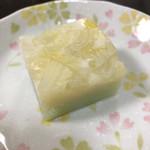 和菓子店 青洋 - 豆乳羊羹。グラデーションが美しい。白菜の色に衝撃。