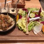 Pasta&Grill ANTIBES - プレートサラダ、メイン(魚)