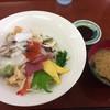 海産物食堂 琉球 - 料理写真:海鮮丼(上)