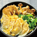 餃子屋本舗 - 土鍋炊き・丸鷄スープ餃子とろとろ卵仕立て