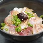 JF糸島 志摩の四季 - 料理写真:朝食のまかない丼