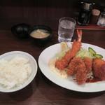 101815935 - カキミックス定食 1,080円(税込)