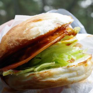 からつバーガー - 料理写真:スペシャルバーガー