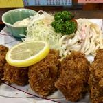 101817681 - 大きな 広島産 牡蠣