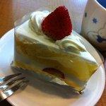 シェ・ツジムラ - ショートケーキ(\260)