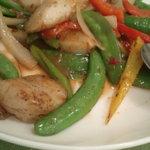 広東料理処お好み焼き 千代 - たいらぎの炒め物