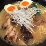 麺処 鳴神 - 白湯