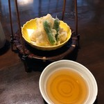 四季のお料理 きくや - みずほ(2500円)・新筍の天ぷら 衣のサクサク感&薄さから揚げ技術の素晴らしさを感じられるっ!!タケノコのシャクシャクした歯ごたえがしっかり残っている♪ 2019/01/05