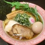 かぐら屋 - 料理写真:季節限定★あご煮干醤油鶏そば