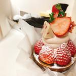 菓子職人 シェ・ミウラ - 料理写真:いちごタルト✩