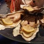 サロマ湖鶴雅リゾート - サロマ湖の生牡蛎  大ぶりでプリプリしてる!