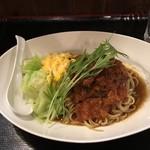 101841304 - 鹿バラ肉岩石トマト煮スパイスカレー和え麺 1200円
