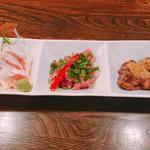 幸の鶏 - 地鶏3種盛り合わせ 1100円 地鶏レバーたたき、地鶏ももたたき、地鶏ささみ刺身