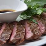 エミオン浜田山 - 料理写真:オーストリア産短角牛サーロインステーキ