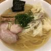 支那そば 大和 - 料理写真:白出汁特製ワンタン麺