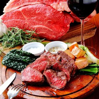 900度オーブンで焼き上げる各種お肉のミックスグリル!!