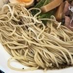 101858993 - ・ブラックダイヤモンドラーメン(セサミ&ペッパー ブラックオイルかけ和的煮干豚骨)¥830                       ・DX(肉マシ・味玉 ・海苔)¥300