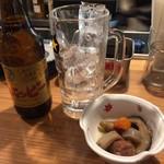 串カツ 博多空気椅子酒場 - がめ煮とホッピー
