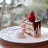 イロドリ - 料理写真:2019年2月再訪:ストロベリーショートケーキチョコレートがけ(冬春季)☆