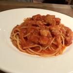 イタリアン アンド ワイン チャコール - サルシッチャとか ンドゥイヤのスパゲティ