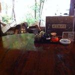 お食事処 きらら - 窓際のテーブル席から外の景色