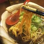 希望軒 - 黄色く硬めの細麺!私の好きなタイプです!