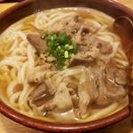 うどん処 ごえん - 牛肉うどん820円!