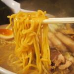 ラーメン 空 - スペシャルらーめん【味噌】(麺)