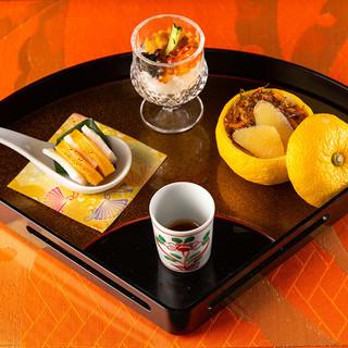 日本料理専門料理師が織りなす繊細な日本料理をお楽しみください
