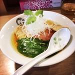 麺処 鶴舞屋 - 料理写真:煮干しそば。800円。
