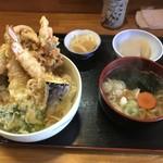 和食 みやまえ - 料理写真:天丼みにうどん付