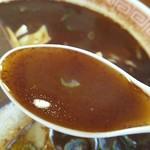 幸楽苑 - スープはスッキリで生姜がキリッとまとめ役