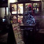 金魚CAFE - クリスマスのチカチカが可愛い