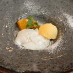 いぞら - ヨーグルトのパンナコッタ、柚子のソルベ