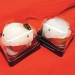 江戸うさぎ - 妖怪あんず大福  税込200円(右)、妖怪とまと大福  税込200円(左)