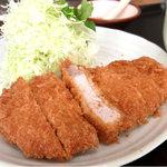 とんかつキッチンかつ茂 - ロースカツ定食¥780