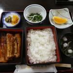 いとう - 料理写真:うなぎはご飯と別で2段で提供