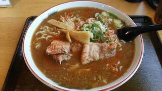 麺専門店アラキ - 味噌ホルモン中華。