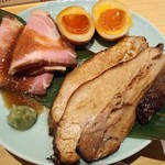 うまい麺には福来たる 西大橋店 - ちょい飲みチャー種ミックス