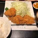 にし邑 - ヒレかつ膳 1100円。