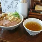 拉麺 芳 - 料理写真:白醤油つけ麺(大盛)