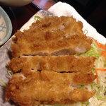 喜久 - 料理写真:夜のとんかつセットのロースとんかつ 1,000円。<2011_11>