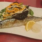 101951477 - 秋刀魚の塩焼き(19-02)