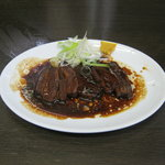 担々麺 杉山 - 「黒豚角煮」です。