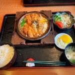 あんど亭 - 料理写真:かつ鍋定食