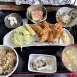 かき処 海 - カキフライ定食 1100円