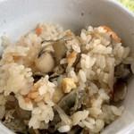 かき処 海 - 牡蠣ご飯