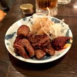 大衆立呑酒場 垂れ屋 - *垂れ焼き 鶏ハツ(せんべろでチョイス)